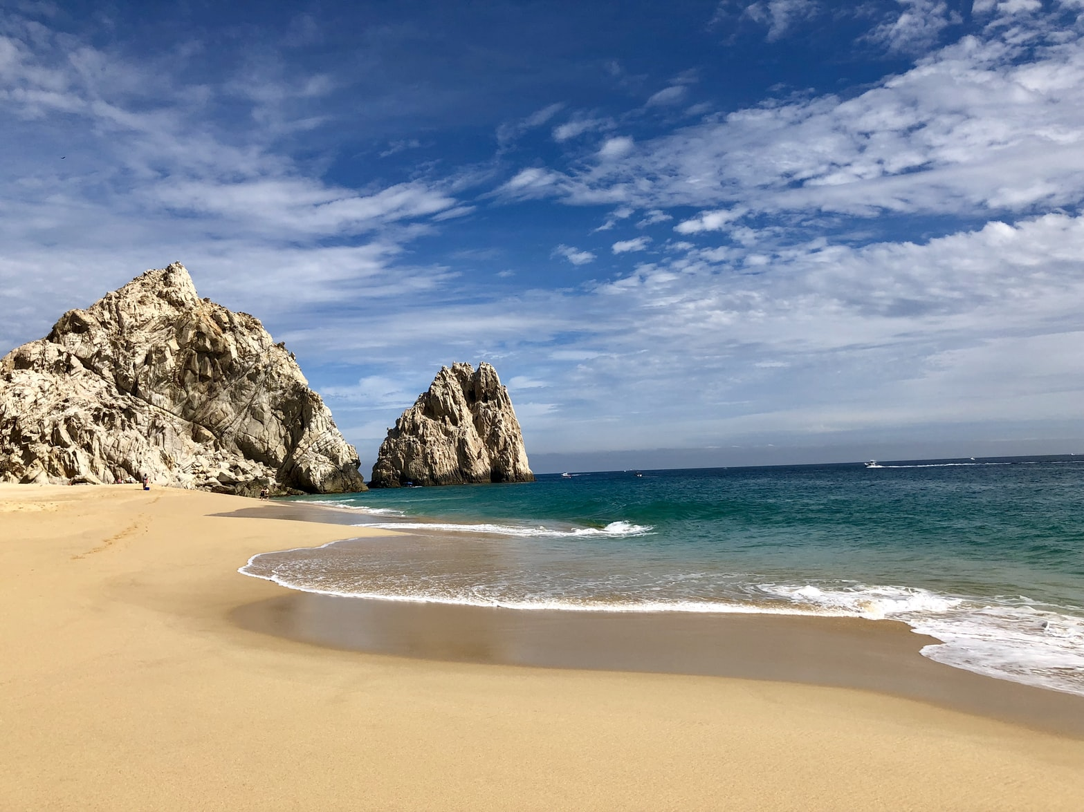 Los Cabos beach and rock
