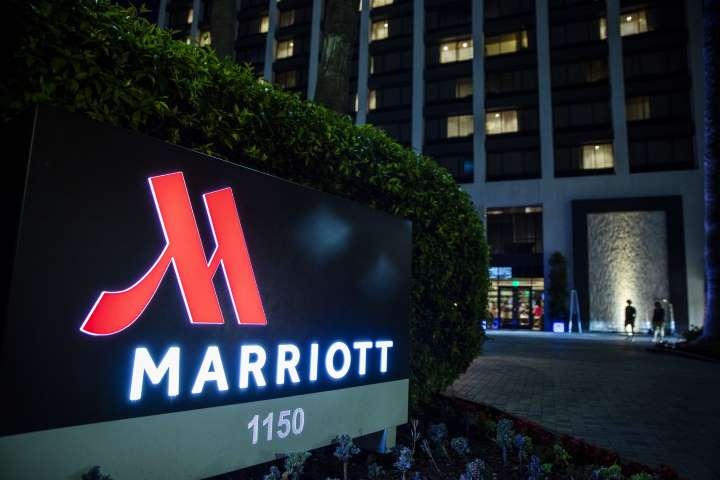 Marriott sign at night