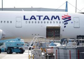 LATAM plane hatch door open