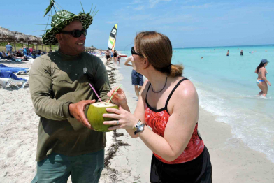 Cuba Reaches One Millions Canadian Tourists in 2019